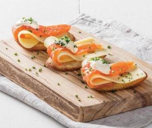Prøv også Crostini med røykt laks og ost.