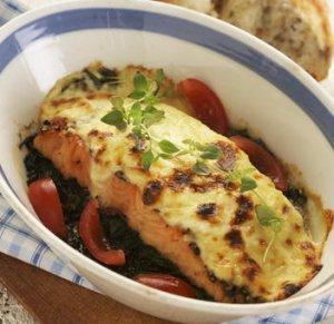 Prøv også Gratinert varmrøykt laks med spinat.
