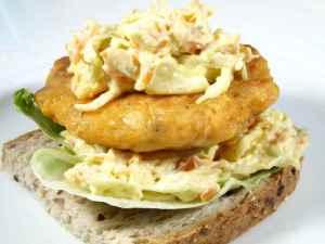 Prøv også Lakseburger med coleslaw.