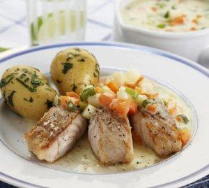 Prøv også Sei med grønnsakssaus.