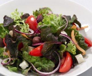 Prøv også Salat med fetaost og cottage cheese-pesto.