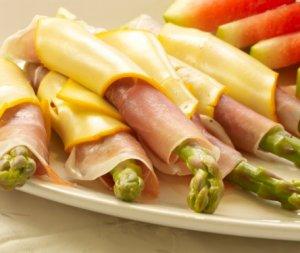 Prøv også Asparges, spekeskinke og ost.