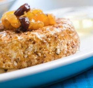 Prøv også Stekt camembert med rosin og aprikos kompott.