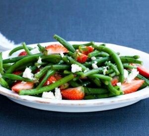 Prøv også Jordbær- og bønnesalat.