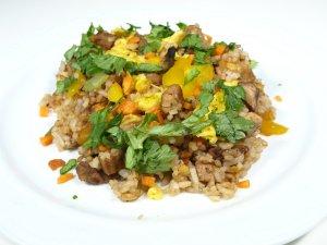 Prøv også Yang chow fried rice.