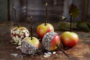 Prøv også Glaserte epler med kokos og mandelflak.
