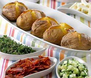 Prøv også Bakte poteter med Apetina.