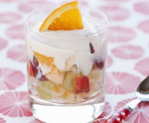 Les mer om Yoghurt med frukt hos oss.