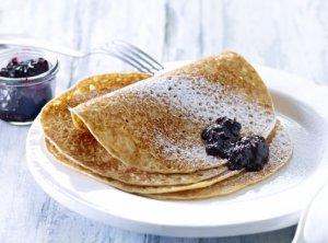Prøv også Pannekaker med nyrørte blåbær.