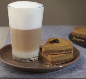 Les mer om Coffee cheesecake & Latte Macchiato hos oss.