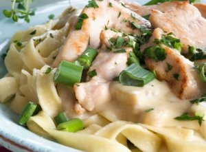 Prøv også Fettuccini med kylling og sjampinjong.