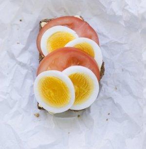 Prøv også Kokt egg med tomat og majones.