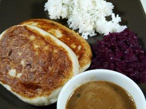 Prøv også Fiskekaker med ris og rødkål.