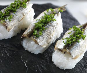 Prøv også Nigiri sushi med sardiner.