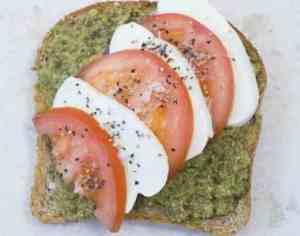 Prøv også Tomat og mozzarella på brødskiven.