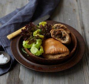 Prøv også Piroger med kjøtt, løk og sopp.