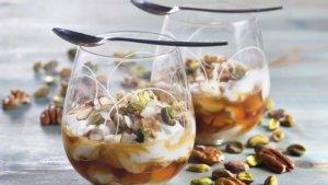 Prøv også Yoghurt med honning og nøtter.