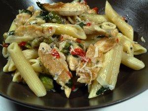 Prøv også Penne med asparges og kylling.