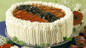 Prøv også Bløtkake i rødt, hvitt og blått med limefromasj.