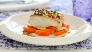 Prøv også Marinert torsk med dampet gulrot og nøttesmør.
