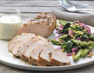 Prøv også Krydderstekt ytrefilet av svin med spinat- og nøttesalat.