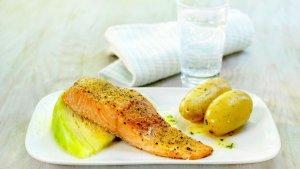 Prøv også Ovnsbakt laksefilet med kål og poteter.