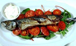Prøv også Helstekt makrell på spinatseng.