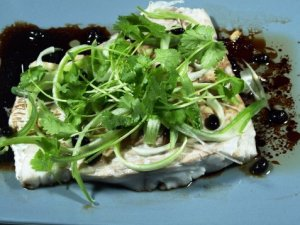 Prøv også Dampet sei med saltede svarte bønner.