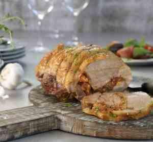 Prøv også Lammestek i ovnen med oliven, feta og tomat.