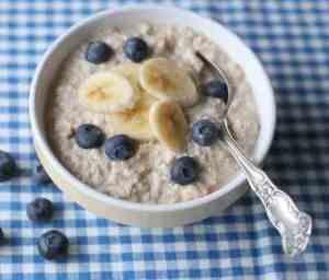 Prøv også Kjøleskapgrøt med banan og blåbær.