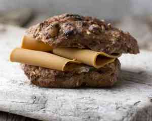 Prøv også Muslirundstykke med brunost.