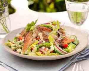 Prøv også Quinoasalat med pepperrøykt makrell.