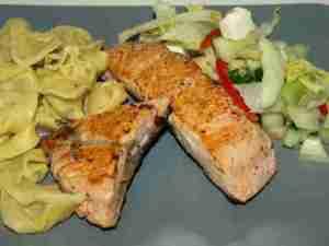 Prøv også Villaks med tortellini og fetaostsalat.