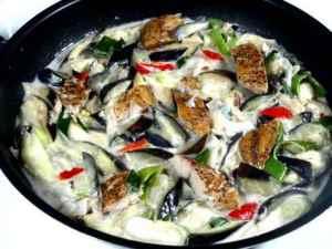 Prøv også Ginataang talong med fisk.