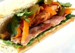 Prøv også Vietnamesisk sandwich (Bánh mì).