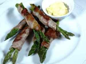 Prøv også Asparges og baconrull.
