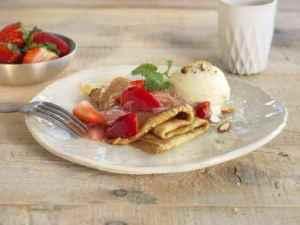Prøv også Crêpes med Rabarbra- og jordbærkompott.