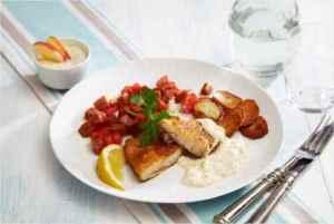 Prøv også Parmesanpanert klippfisk med chorizo og sennepssaus.