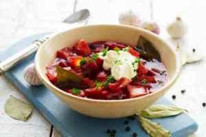 Prøv også Borscht med kål og gulrøtter.