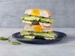 Prøv også Bagel med avocado og egg.