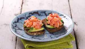 Prøv også Toast med laksetartar og avokado.