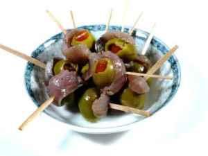 Prøv også Ansjos og oliventapas pinxos.
