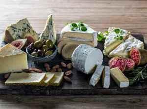 Prøv også Ostefat med modne oster.