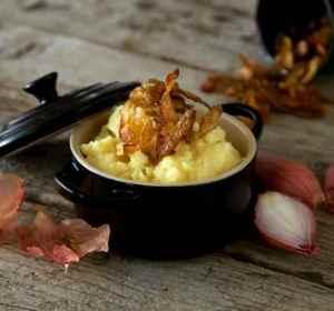 Prøv også Potetmos med sprøstekt potetskrell.