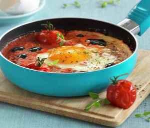 Prøv også Bakt egg i tomatsaus.