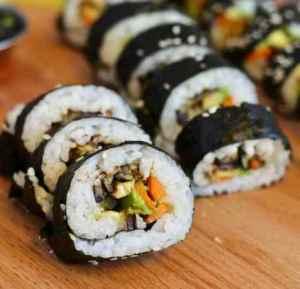 Prøv også Vegetar makisushi med aubergin og koriander.