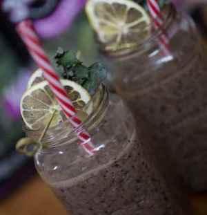 Prøv også Tony Baker's Kalettes blåbær smoothie.