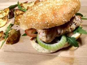 Prøv også Kyllingburger med potetbåter.