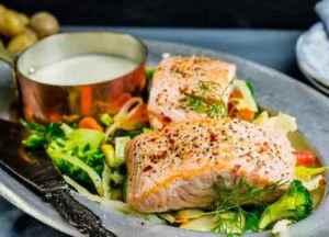 Prøv også Laks i form med grønnsaker.