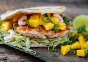 Prøv også Laks- og rekeburger med mango og koriander.